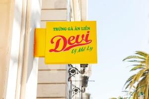 Thiết kế logo Trứng gà ăn liền Devi
